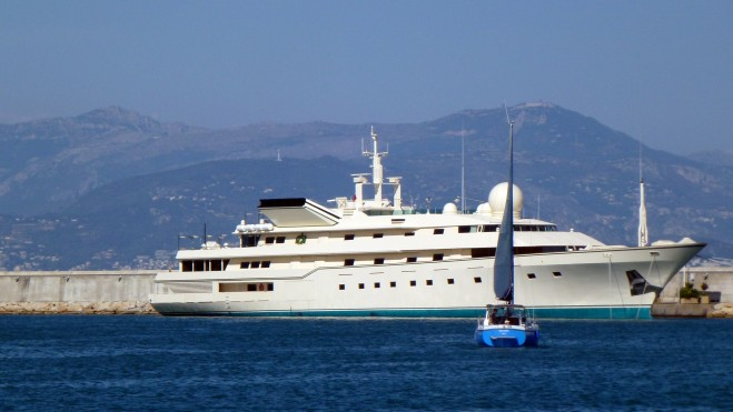 Famous Yachts in Movie...