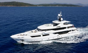 Entourage Luxury Yacht for Sale