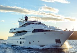 Novela Luxury Yacht for Charter