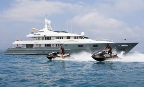 No re-delivery fees for M/Y Mosaique in July