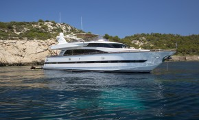 VOGUE - Charter Yacht of the Week!