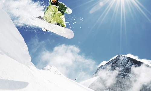 Win a ski weekend in Isola 2000