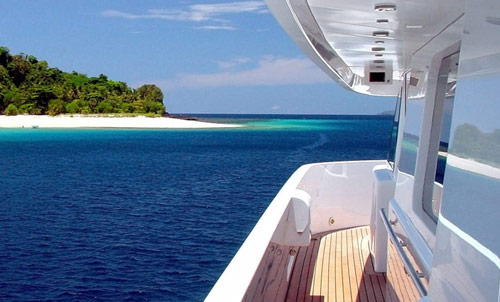 Yacht crew placement | Motor & Sailing yacht