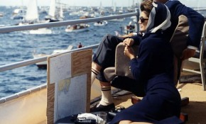 Chic on a yacht: the hottest and the most timeless trends in nautical fashion