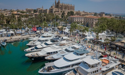 Blue & Beyond #12 - Upcoming Spring Yacht Shows 2019
