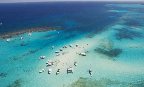 All You Need To Know When Taking A Yacht Charter To The Cayman Islands