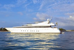 Gladius Luxury Yacht for Charter