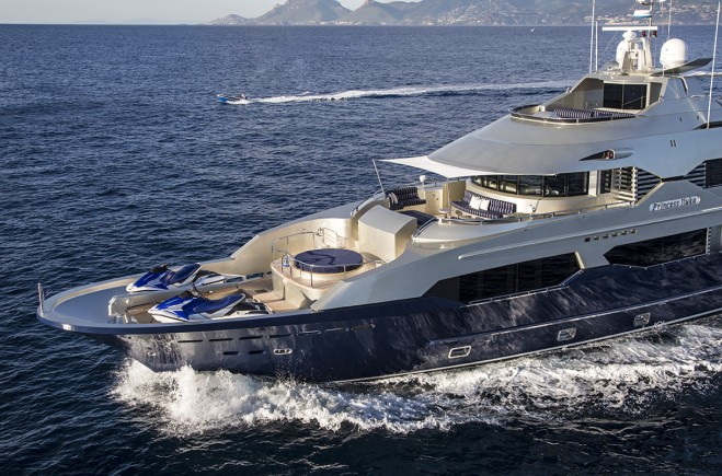 M/Y Princess Iluka | Custom Line