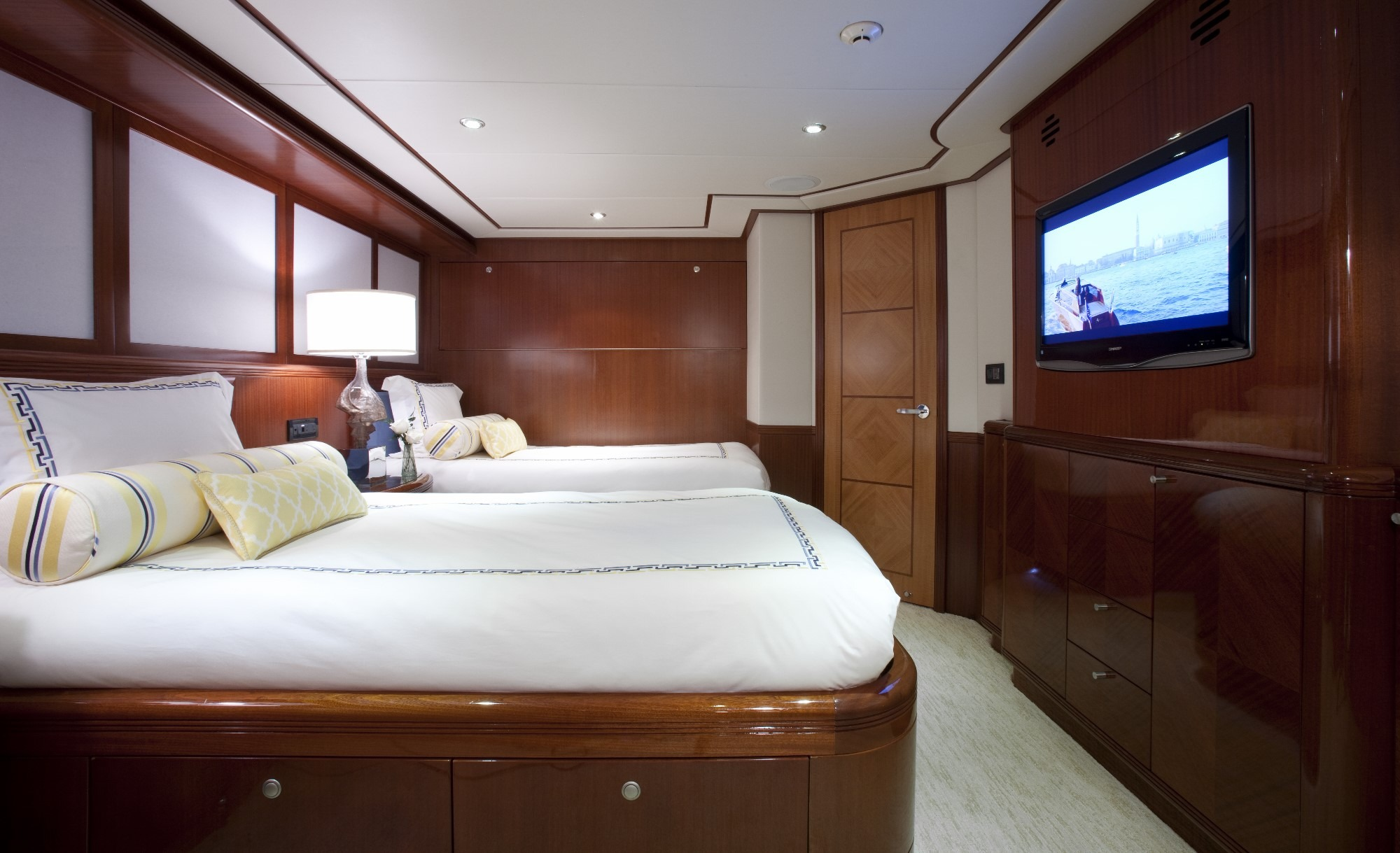 M/Y Just Enough Yacht #19